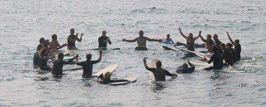 paddle-out-circle