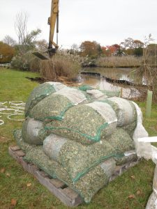Mulch for the permeable reactive barrier to remove nitrogen from groundwater.